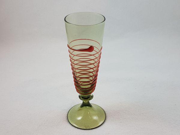 Schnaps,./Likörglas 15. Jahrhundert